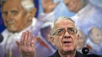 El portavoz del Vaticano, el jesuita Federico Lombardi