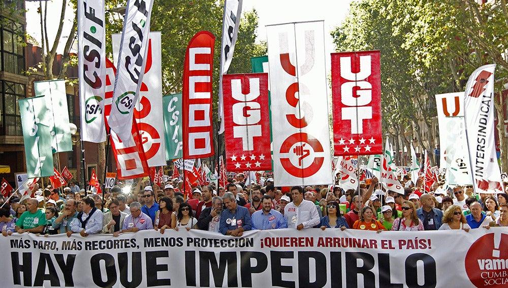 La Cumbre Social llama a la ciudadanía a protestar contra los recortes