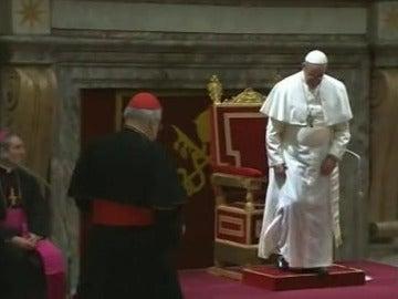 El papa Francisco exige el retiro a un cardenal acusado de encubrir abusos sexuales
