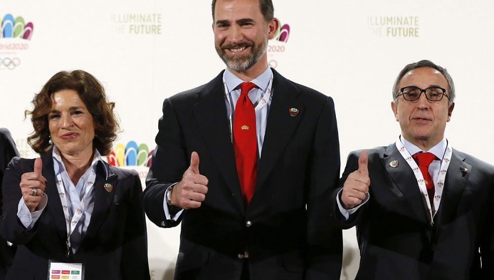 Ana Botella, el Príncipe Felipe y Alejandro Blanco valoran la candidatura de Madrid 2020