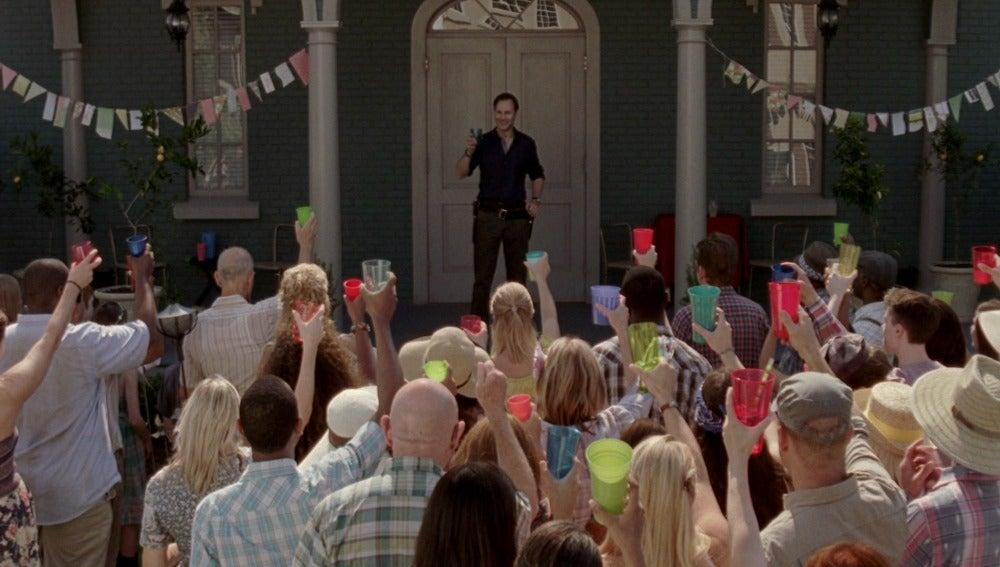 El Gobernador hace fiesta en Woodbury
