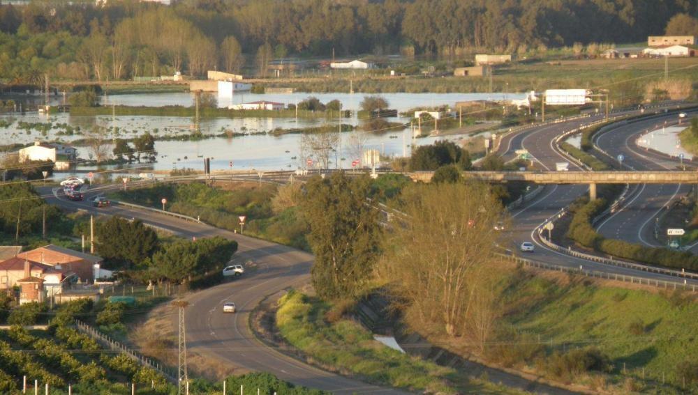 Crecida del río Guadiana entre Montijo y Barbaño
