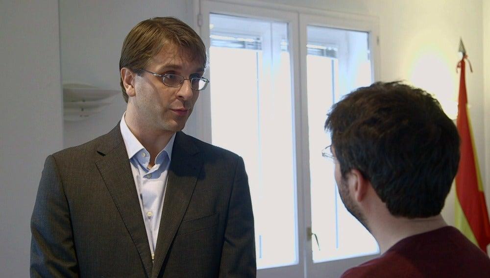 Mikkel Larsen, agregado de comunicación de la embajada de Dinamarca