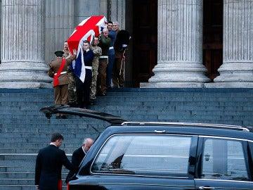 Más de 700 militares ensayan de madrugada en Londres el funeral de Thatcher