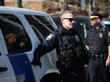 Un oficial del Departamento de Seguridad Nacional en Boston