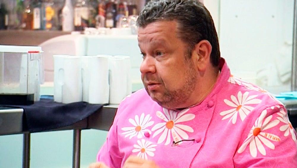 Alberto Chicote en la cocina de su nuevo reto