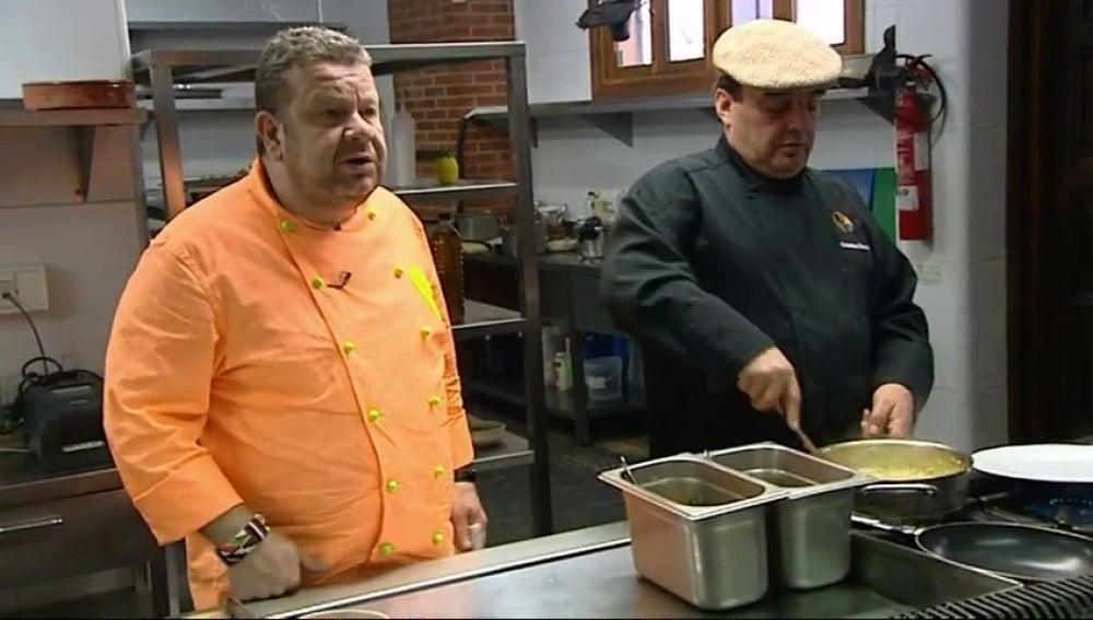 Chicote en la cocina del Yugo de Castilla