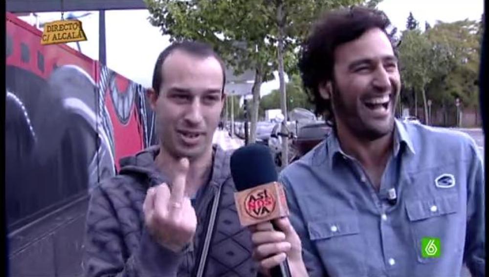 Raúl Gómez sale a la calle para ver cómo protesta la gente