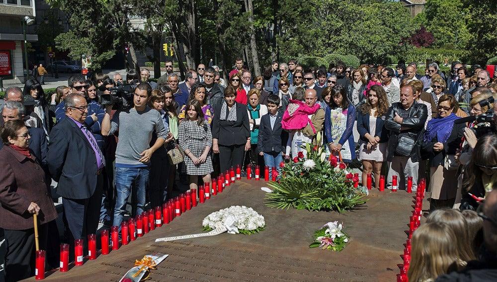 Homenaje a los 62 militares fallecidos en el accidente del Yak-42 en Turquía.