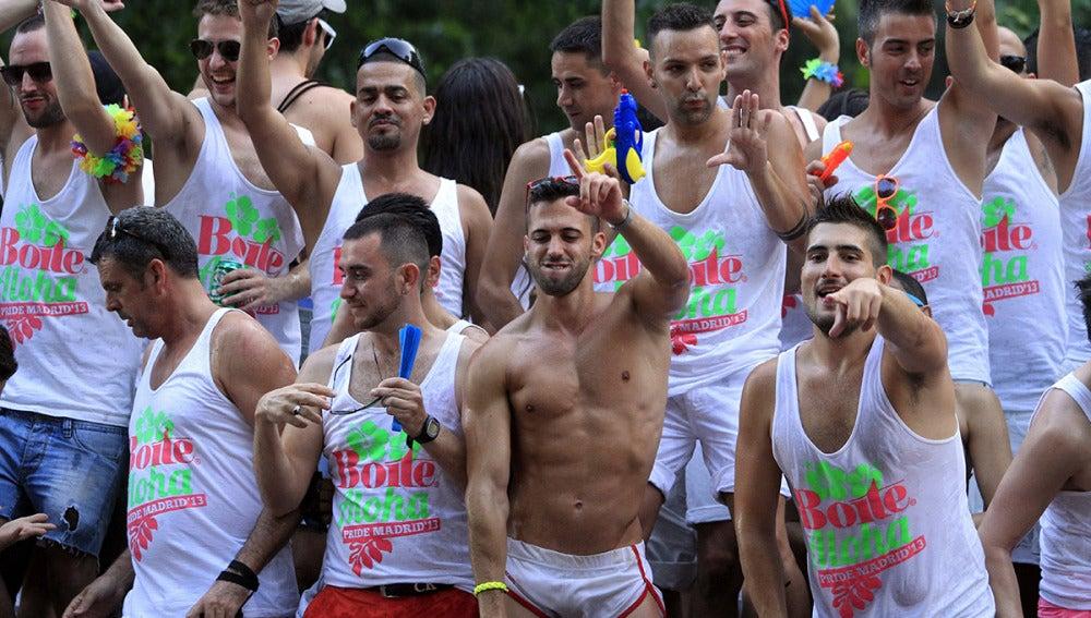 El Orgullo Gay reúnen a más de un millón de personas orgullosas en Madrid