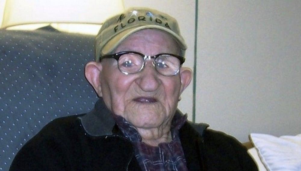 El español Salustiano Sánchez Blázquez es el hombre más viejo del mundo