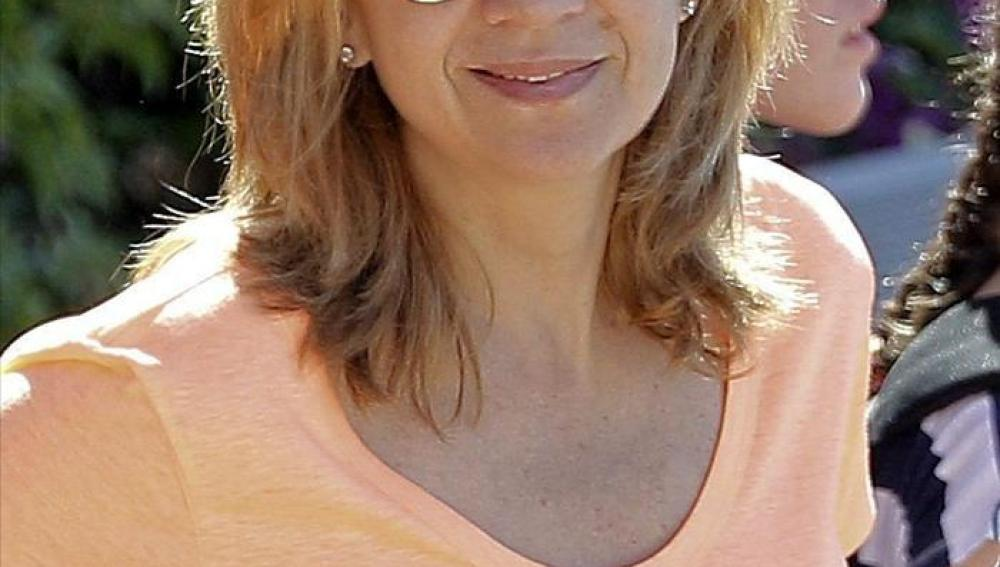 La infanta Cristina con gafas de sol