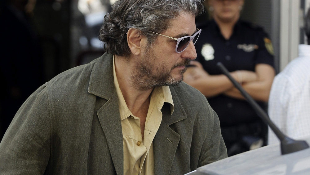 Cristóbal Páez a su salida de la Audiencia