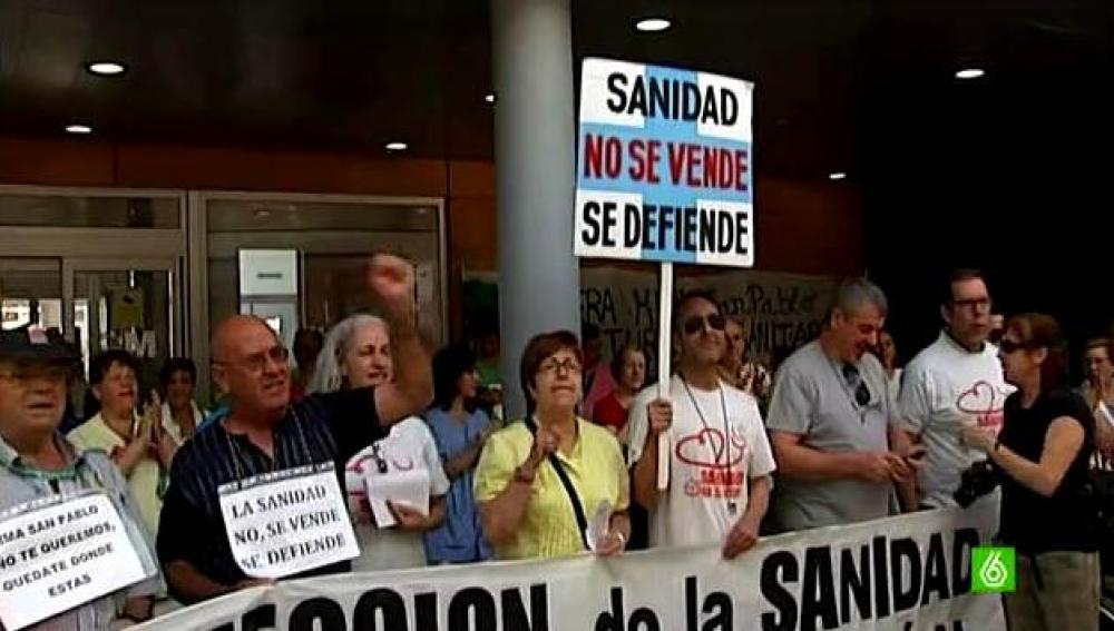 Protestas a favor de la sanidad pública en el Hospital del Tajo de Aranjuez