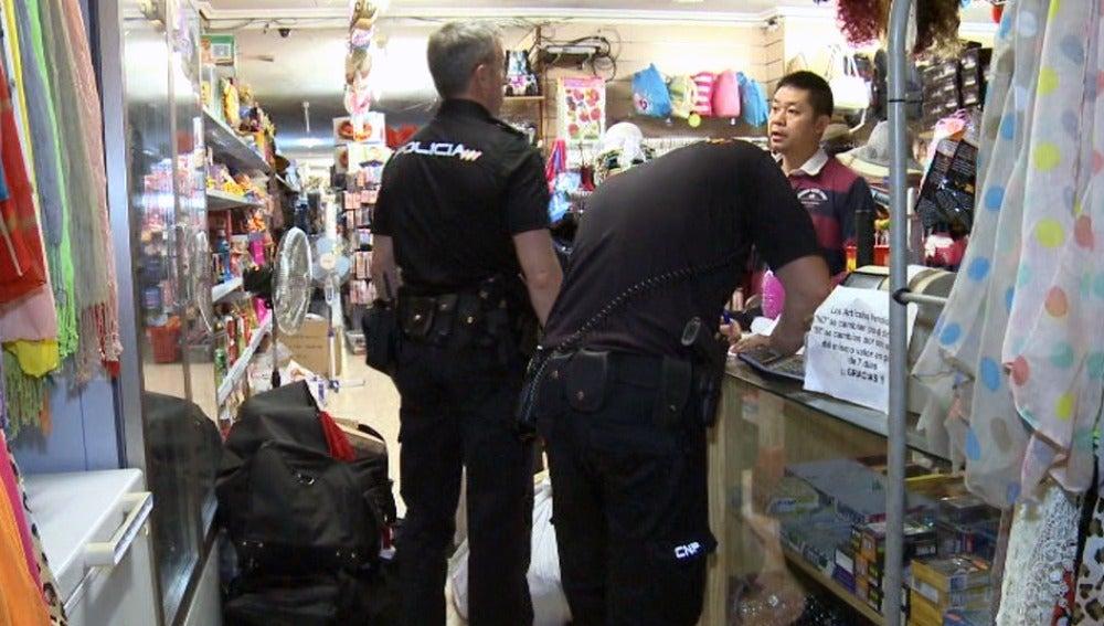 Robo en un bazar chino