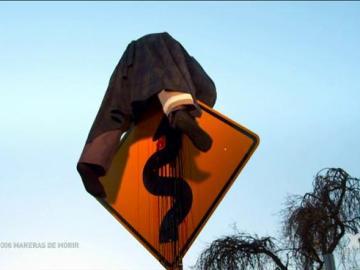 Empalado por una señal de tráfico