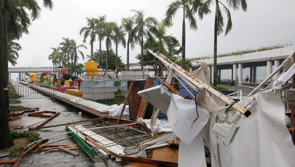 El poderoso tifón Usagi deja 25 muertos y un gran caos a su paso por China