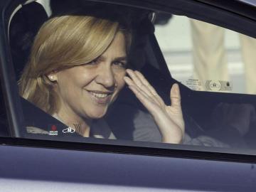 La infanta Cristina, a su salida del Hospital Quirón de Madrid