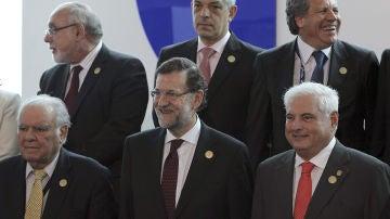 Rajoy da por hecha la salida de la crisis en España