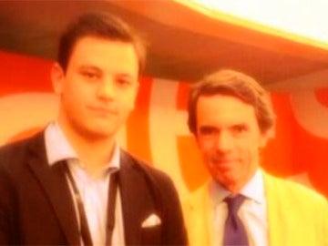 Jaime A. Mora junto al expresidente José María Aznar