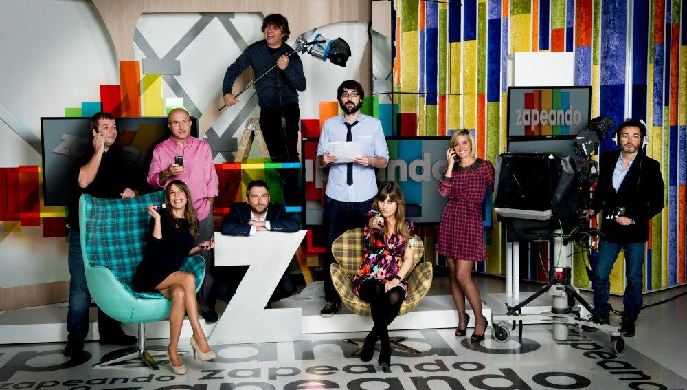 El equipo de Zapeando en el plató del programa