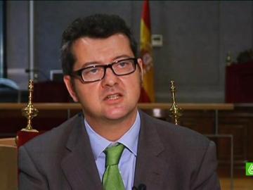 Edmundo Rodríguez, un  juez guerrero contra los abusos de la banca