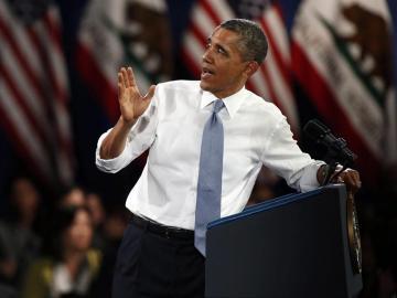 El presidente estadounidense, Barack Obama, le responde una pregunta a un estudiante