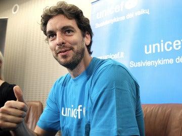 UNICEF pide que se siga ayudando a Filipinas un mes después de la tragedia