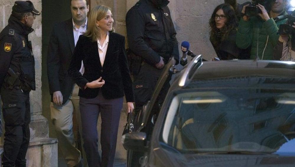 La infanta Cristina a su salida del tribunal de Palma de Mallorca