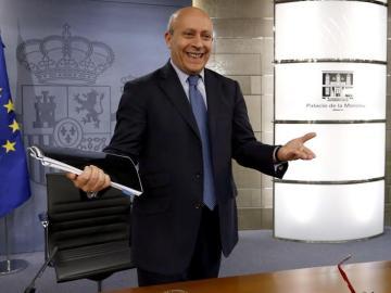 José Ignacio Wert ante los medios de comunicación en la Moncloa