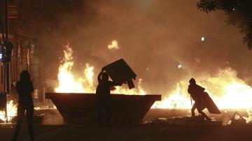 Disturbios tras las protestas contra la demolición del inmueble de Can Vies