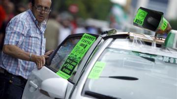 Taxistas durante la huelga