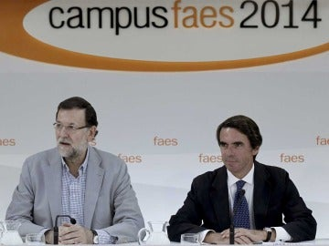 Mariano Rajoy y José María Aznar en el Campus FAES