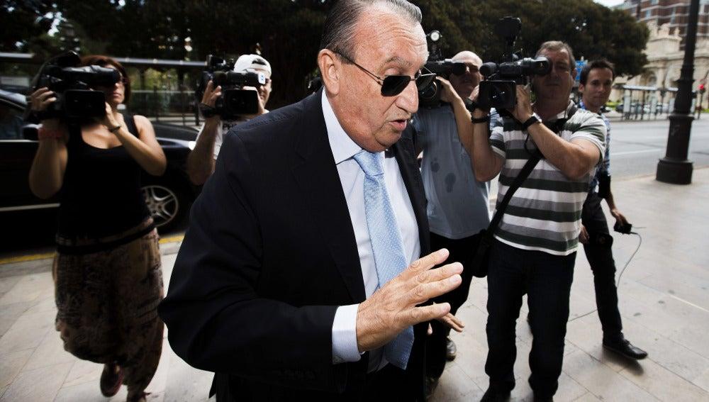 Carlos Fabra ingresará en prisión tras confirmar el Supremo 4 años de cárcel para él