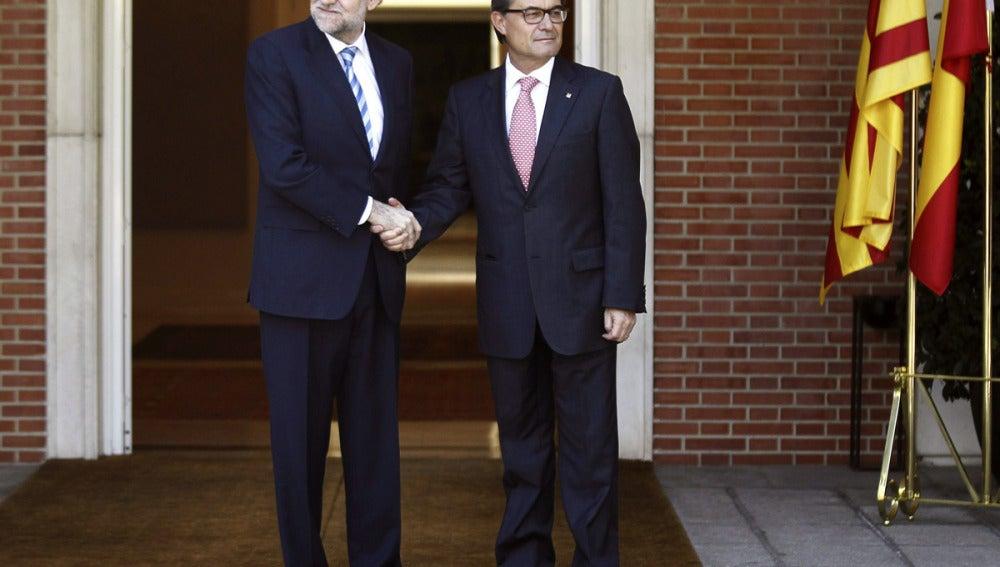 Artur Mas y Mariano Rajoy, momentos antes de su reunión
