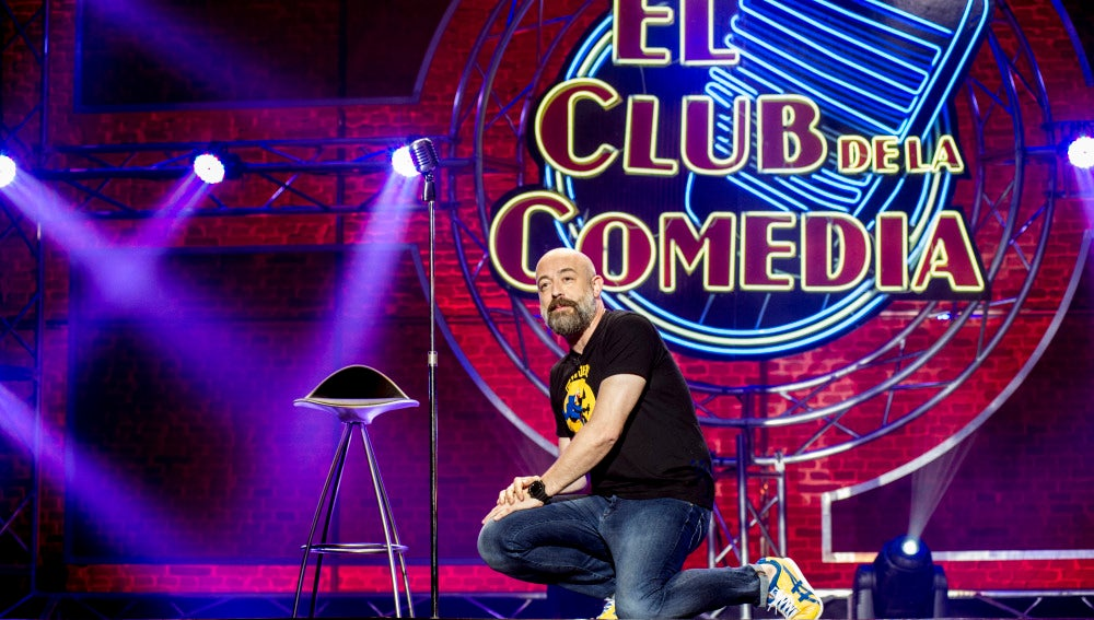 Goyo Jiménez sobre las tablas de El Club de la Comedia