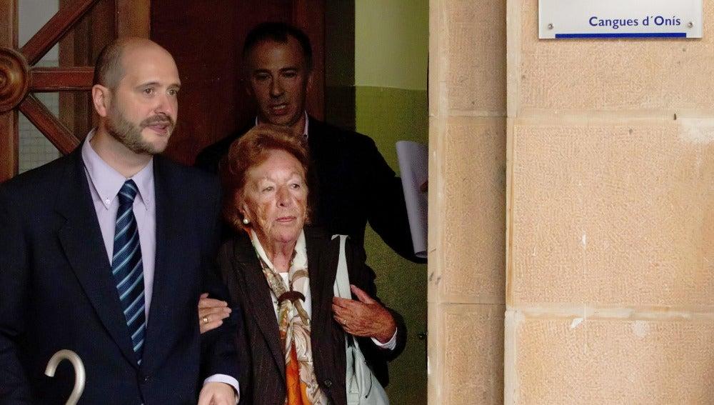Menchu Álvarez del Valle, abuela paterna de doña Letizia, abandona los Juzgados