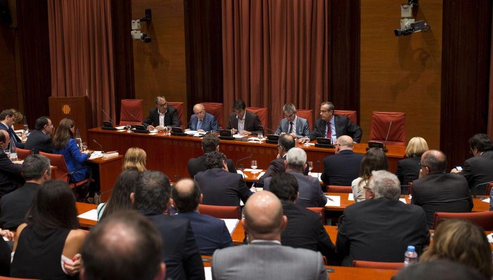 Parlament durante la comparecencia de Pujol