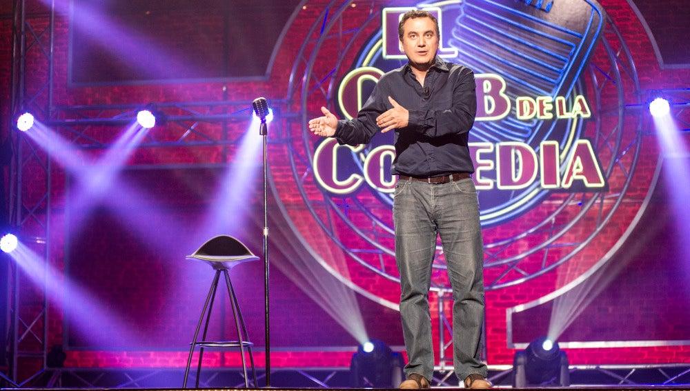 Roberto Brasero en El Club de la Comedia