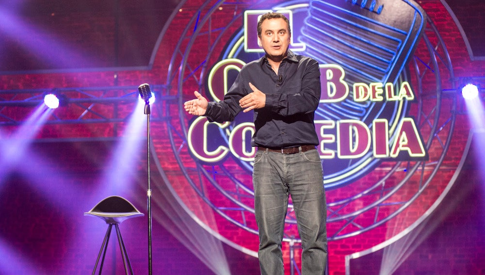 Roberto Brasero, en El Club de la Comedia