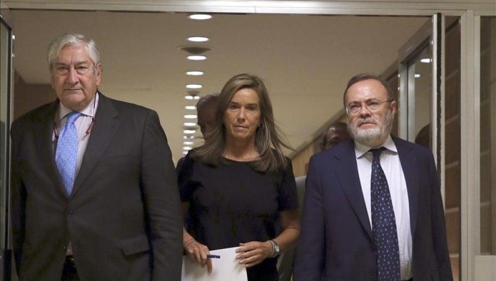 El consejero de Sanidad, Javier Rodríguez, junto a la ministra de Sanidad, Ana Mato