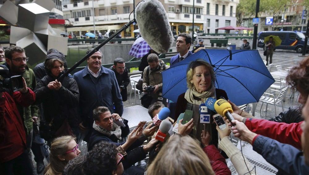 Esperanza Aguirre llega a los Juzgados de lo Social de la capital