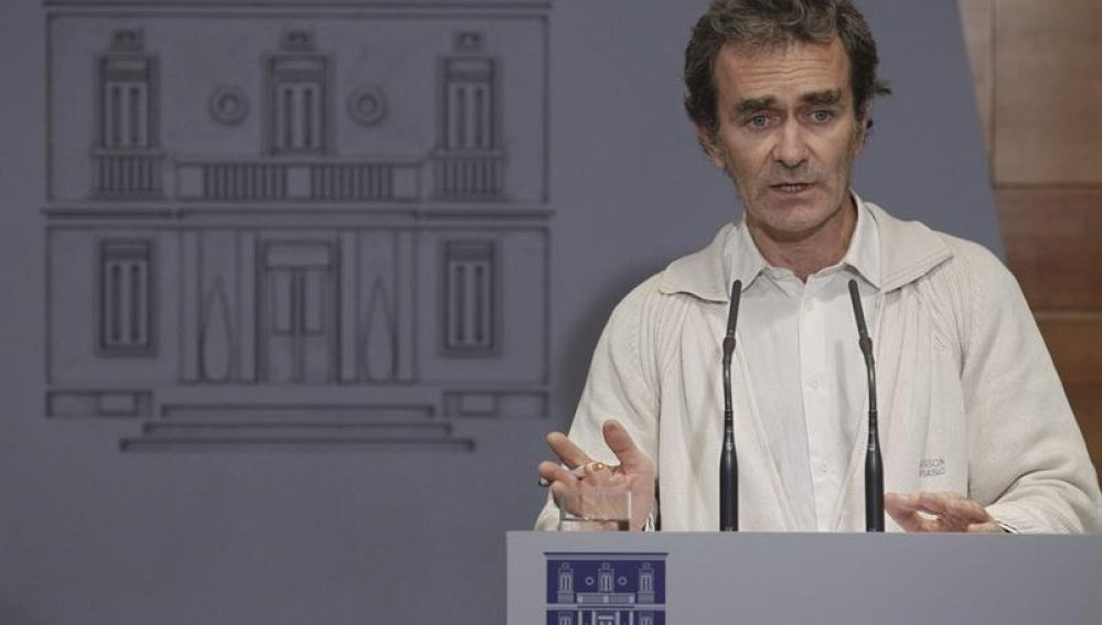 El director del Centro de Alertas y Emergencias Sanitarias del Ministerio de Sanidad, Fernando Simón