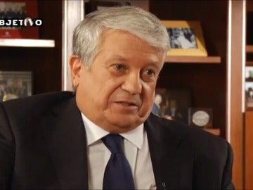 Arturo Fernández se excusa en la entrevista con Ana Pastor