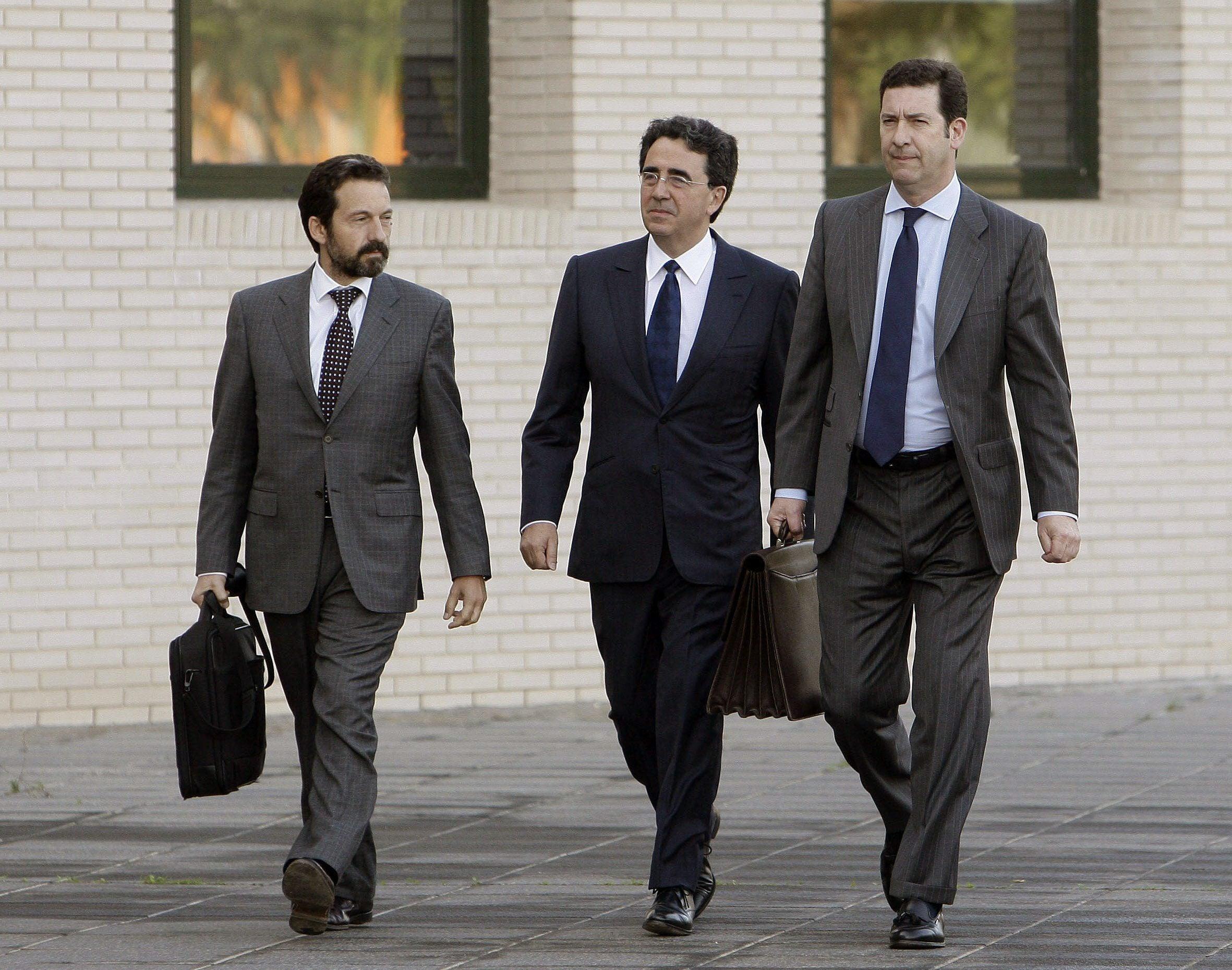 el arquitecto valenciano santiago calatrava c a su llegada a la ciudad de