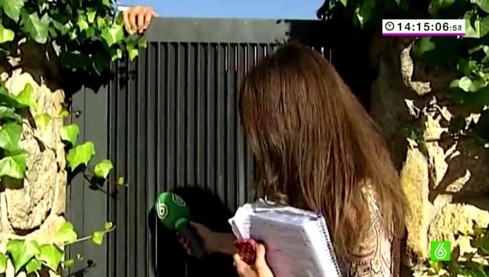 Lorena Baeza habla con Agustín Juárez