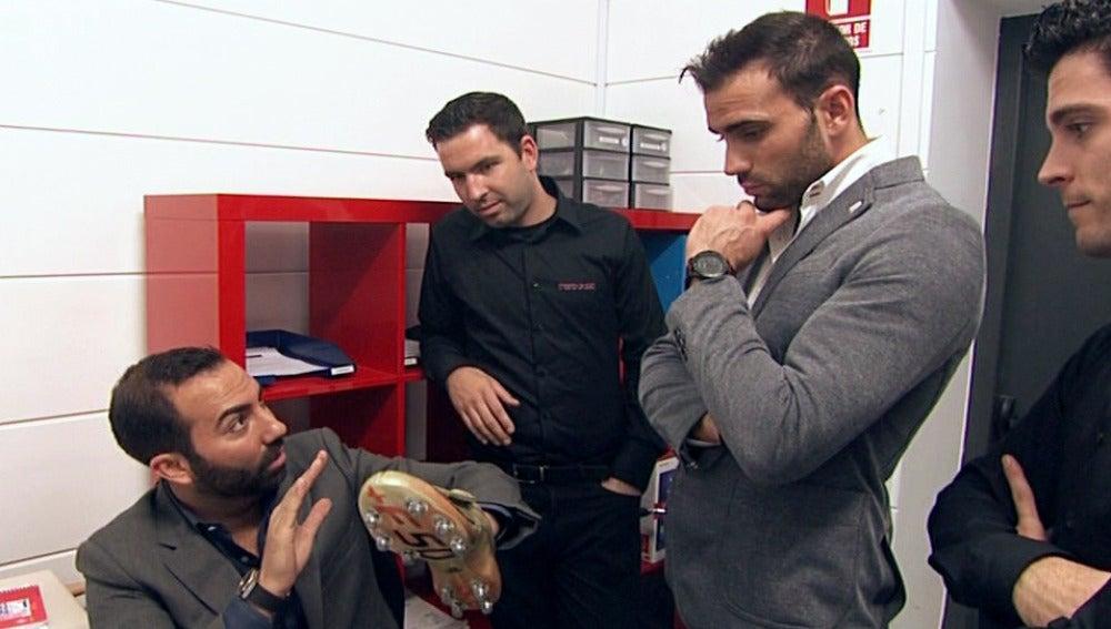 Los Reyes del Empeño - Botas de Messi