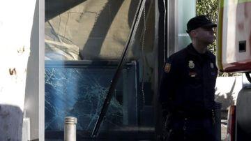 Reconstrucción 'exprés' del vestíbulo de la sede de Génova tras el ataque