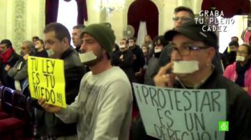 Protestas en el Ayuntamiento de Cádiz