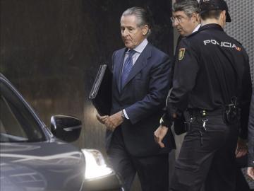 Miguel Blesa sale de la Audiencia Nacional